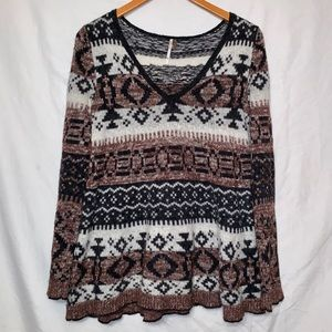 Free People oversized sweater size small in EUC